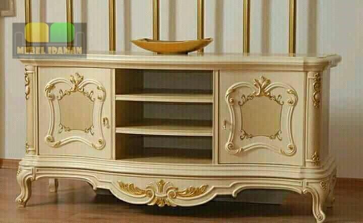 TV Cabinet Ukir Classic
