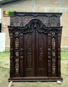Pintu Rumah Gebyok Ukiran Krawang